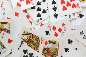 Цыганское гадание на игральных картах на любовь