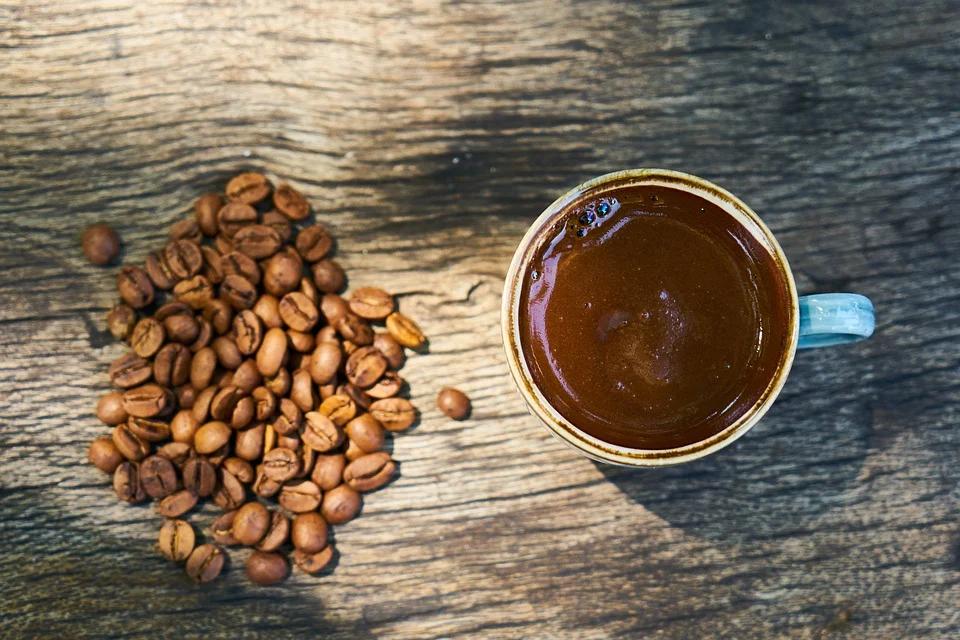 Значение символов и рисунков насекомых при гадании на кофейной гуще