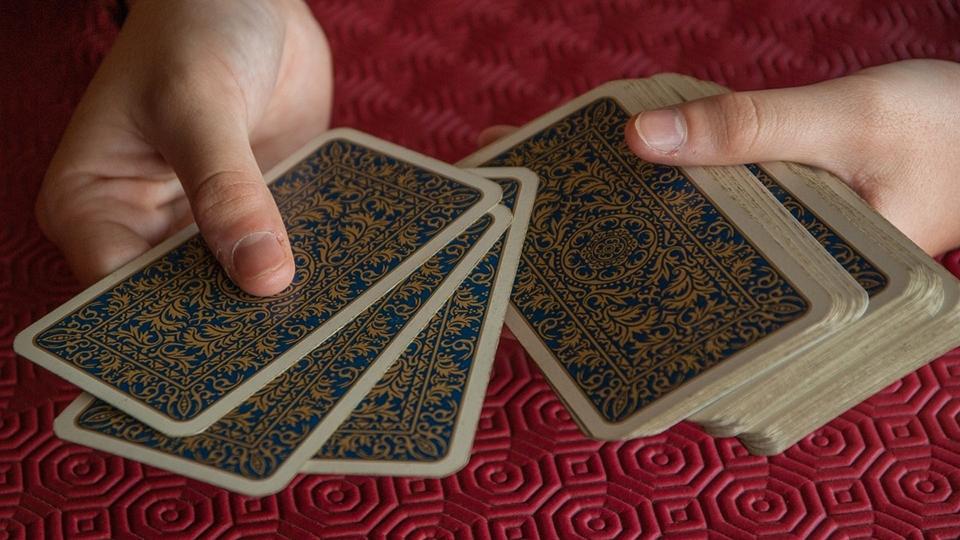 Цыганский расклад на игральных картах