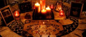 Любовный приворот с помощью фотографии и восковой свечи