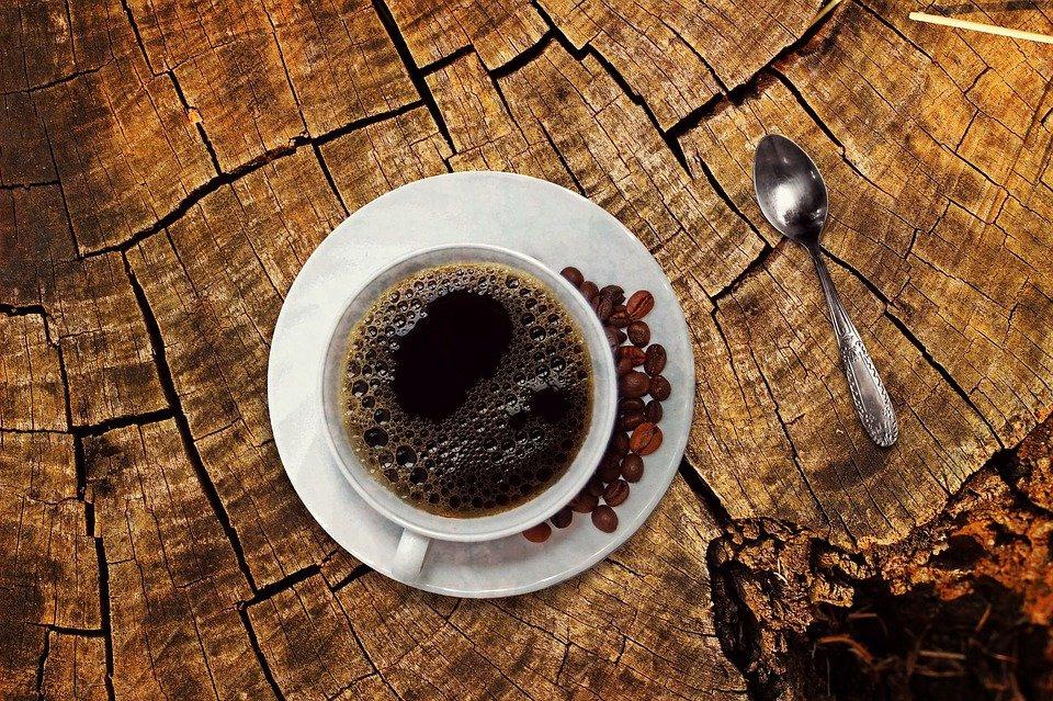 Гадание на кофейной гуще: символы и трактовки