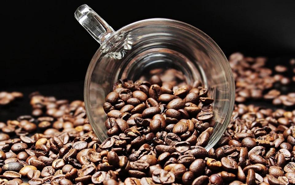 Значение символов и рисунков людей при гадании на кофейной гуще