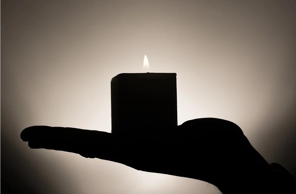 Обряд примирения на пламя свечей